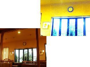 537-2 喫茶店コメダの時計.jpg