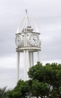 619-4 ふれあい広場の時計.JPG