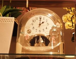 662-2 花屋のカラクリ時計.JPG