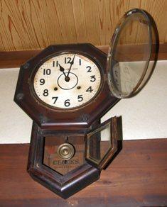 603-6 振り子時計.JPG