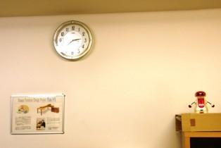 624-4 友人のofficeの時計.JPG