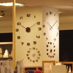 643-5 柱の時計.JPG